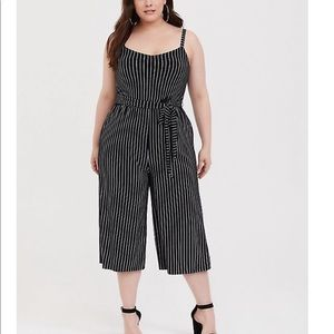 Jersey material cropped jumpsuit.